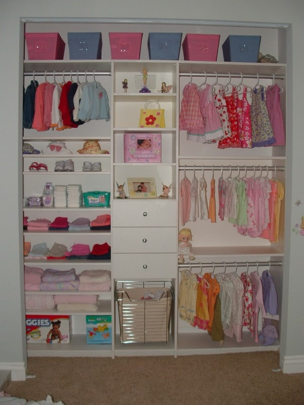 Custom Closet Floor Mounted Kids Clothing