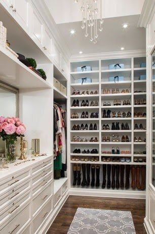 12 Best Small Walk-in Closet Storage Ideas for Bedrooms