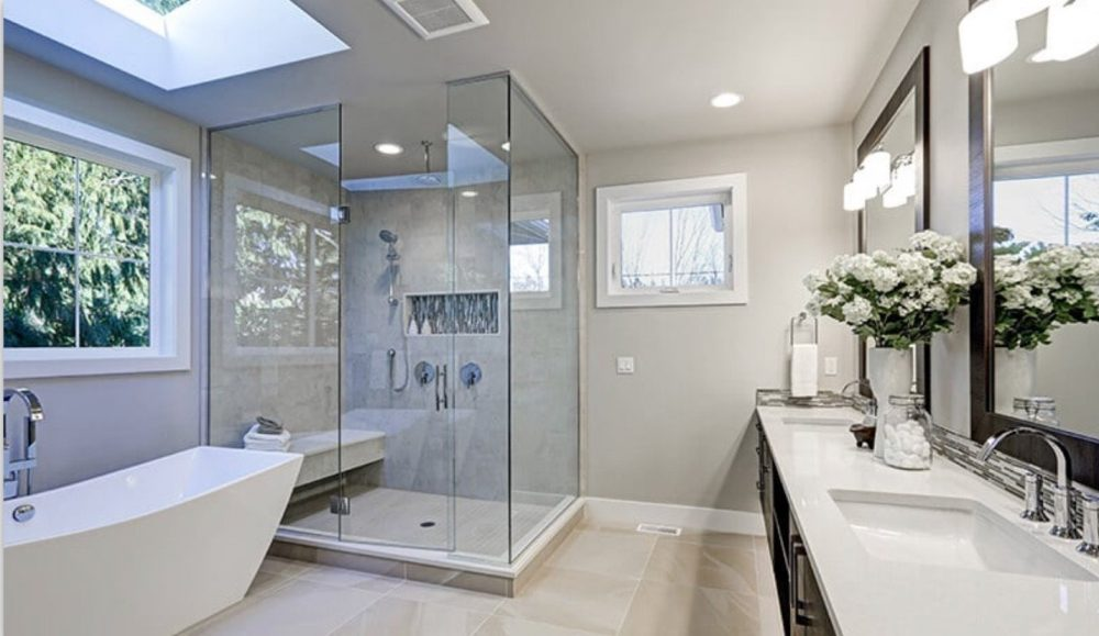 Read more about the article Custom Glass Shower Doors: Can't-Miss FAQ