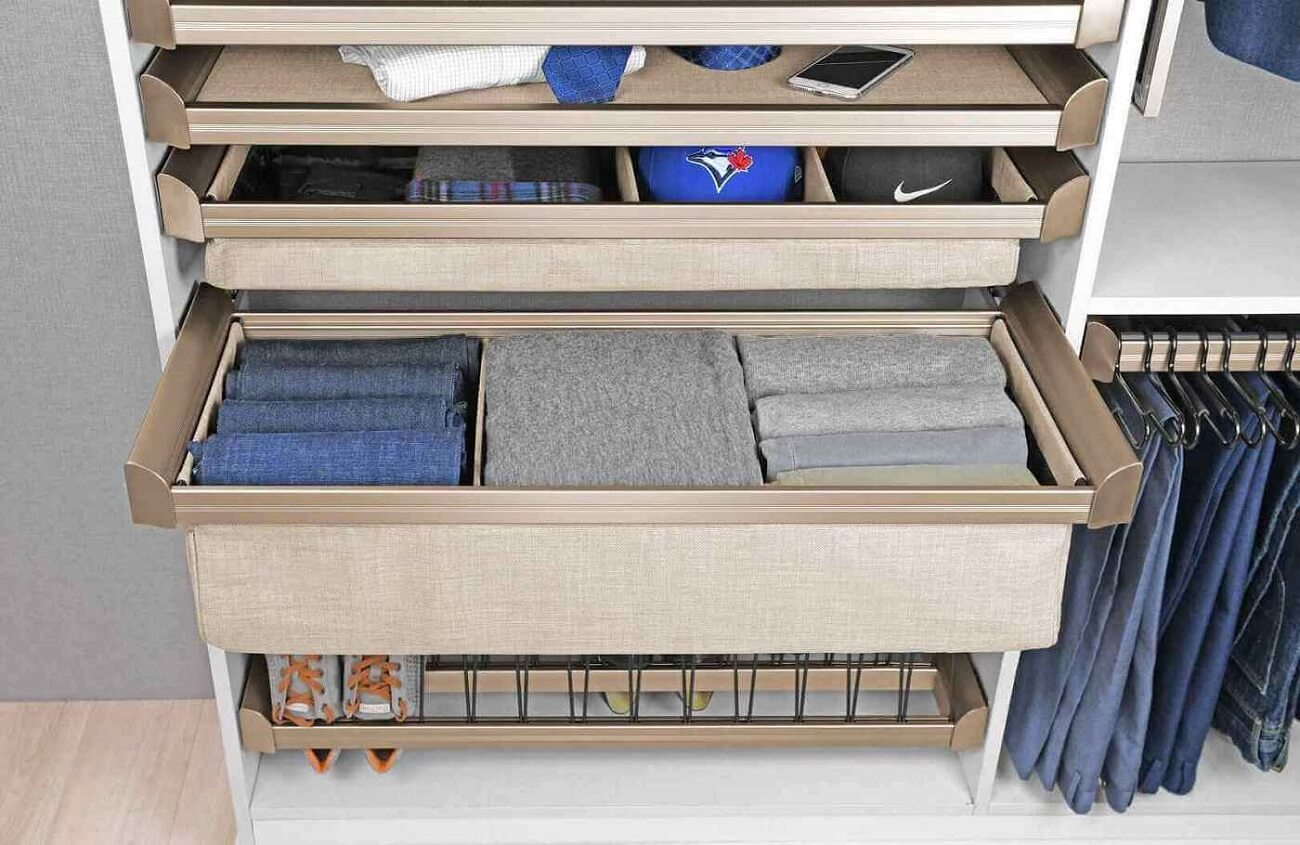 Read more about the article 5 Custom Storage Solutions for Small Spaces